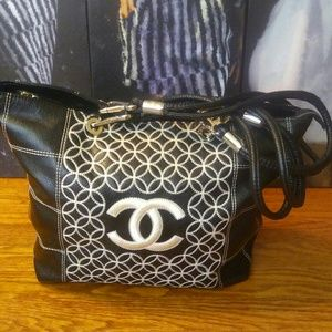 Handbags - Chanel bag